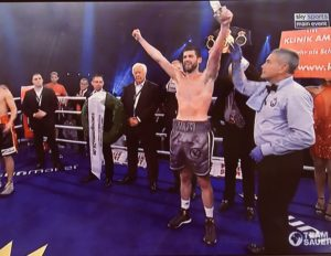 Rocky Fielding brings it Home