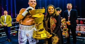 We have a winner! Smith KOs Groves to claim Ali Trophy in Jeddah