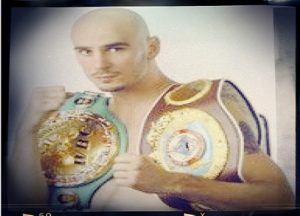 FORMER MIDDLEWEIGHT WORLD CHAMPION KELLY PAVLIK MAKES DEBUT AS RINGSIDE COMMENTATOR Aug 1st on UFC Fight Pass