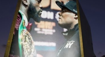 Wilder stops Ortiz in seven with single punch to retain WBC title, Figueroa and Ceja fight to Draw, Santa Cruz def. Flores in Vegas.